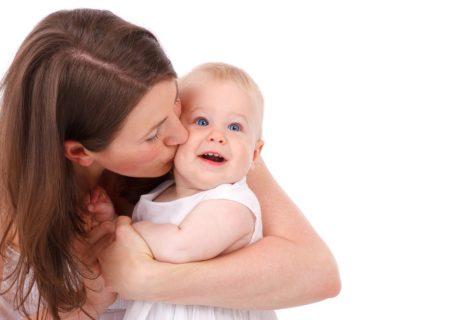 photo d'une jeune maman